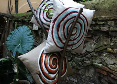 Fabric cushions - Decorative cushions Spiral - ELENA KIHLMAN