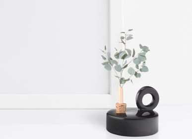 Design objects - Chamber Vase Black - SCANDINAVIA FORM