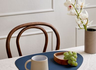 Table mat - TABLE MAT, curve - LIND DNA