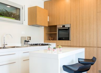 Ensembles muraux - Bespoke cuisine faite avec placage de chêne naturel - BARTOLUCCI ARREDAMENTI