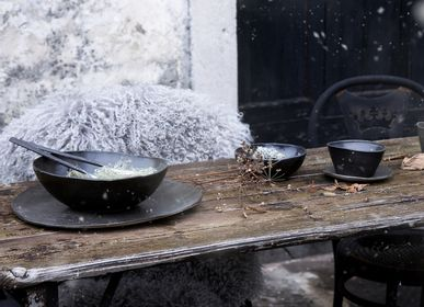 Formal plates - handmade black gres collection - FIORIRA UN GIARDINO SRL