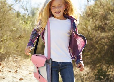 Bags and backpacks - YAKA THE UNIVERSAL BINDER CARRIER  - YAKA LE PORTE-CLASSEUR UNIVERSEL