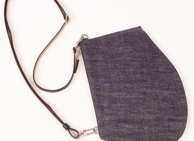 Pochettes - Zip Maxi Denim matelassé - Sac porté épaule en denim recyclé et cuir de vachette noir - MLS-MARIELAURENCESTEVIGNY