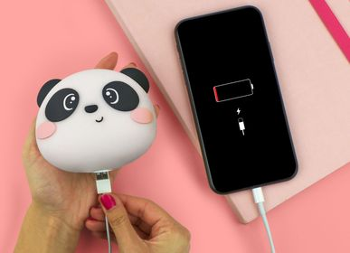 Autres objets connectés  - POWER BANKS AND SMARTPHONE WIRELESS CHARGERS - LEGAMI