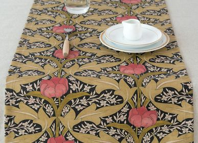 Table linen - Tulip table runners - GIRONES