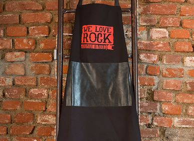 Barbecues - Tablier BBQ Noir Imprimé Simili Cuir - WE LOVE ROCK