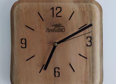 Clocks - Large square clock (25cmx 25cm ) in palm leaves - ARECABIO