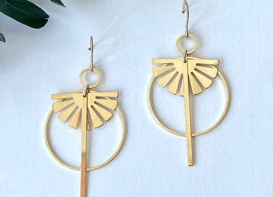 Bijoux - Boucles d'oreilles asymétriques dorées à l'or fin ou argentées (rhodium) - NAO JEWELS