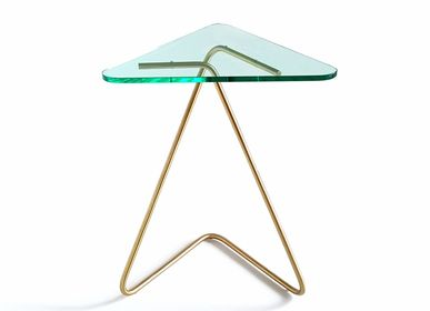 Tables basses - The Triangle Table / Brass - KRAY STUDIO