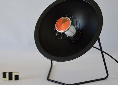 Objets design - Lampe éthique Calor Parabole Noir mat - ARTJL