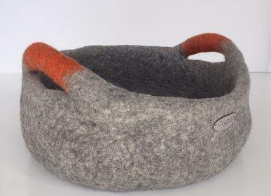 Boîtes de rangement  - Panier en feutre avec poignées, panier de rangement, panier pour chien , wool basket with handles, dog basket. - COCOON PARIS