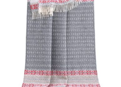 Throw blankets - Nord Throw - J.J. TEXTILE LTD