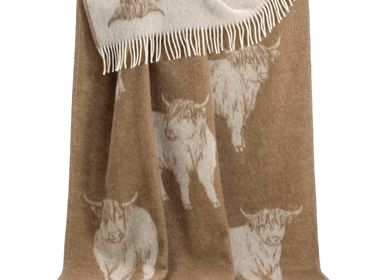 Throw blankets - Brown Highland Cow Throw - J.J. TEXTILE LTD