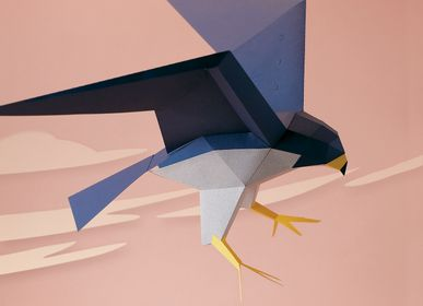 Decorative objects - Paper craft - Falco Peregrinus - PLEGO