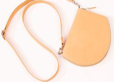 Cadeaux - Pocket Maxi en cuir de vachette naturel et bandoulière ajustable et amovible en ruban Skin et cuir nature - MLS-MARIELAURENCESTEVIGNY