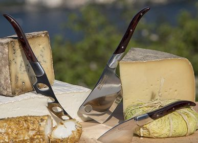Kitchen utensils - Reggio set of cheese knives for cheese enthusiasts - LEGNOART