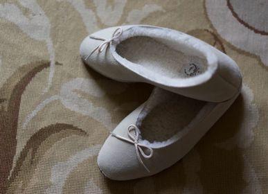 Homewear - Pantoufles en agneau « Irène » - LALIDE A PARIS