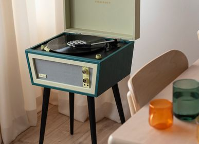 Speakers and radios - Crosley Sterling Bluetooth record player with legs - CROSLEY RADIO