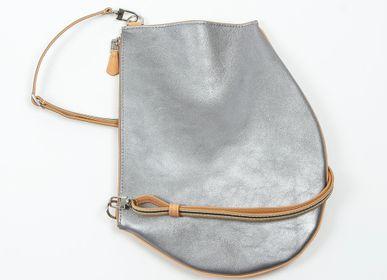 Pochettes - Pochette bandoulière - Zip Maxi - Gris métallisé - Bandoulière ajustable et amovible - MLS-MARIELAURENCESTEVIGNY