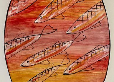Céramique - Assiette à sushi en céramique peinte à la main cm30x30 «Petits poissons». - CERASELLA CERAMICHE