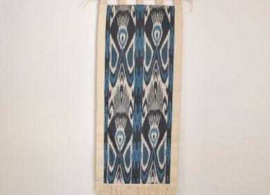 Autres décorations murales - Tenture murale - Tissu précieux d'Asie Centrale - Pièce unique - L'ATELIER DES CREATEURS