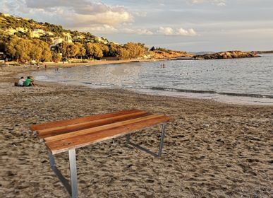 Tables Salle à Manger -  Table avec plateau en bois récupéré avec base en acier O - LIVING MEDITERANEO