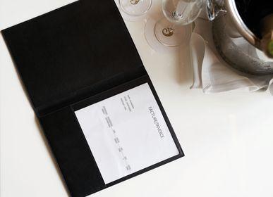 Autres fournitures bureau - Présentoir pour facture en cuir - MON CINTRE