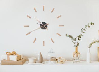 Clocks - DIY Clock - FISURA