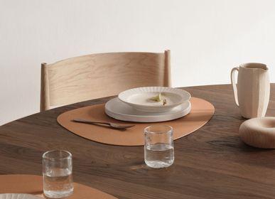 Table mat - CORE Dinner Mat Curve - LIND DNA