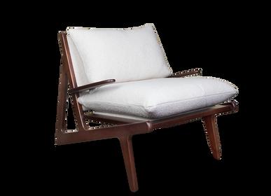 Armchairs - Moore Armchair - WOOD TAILORS CLUB