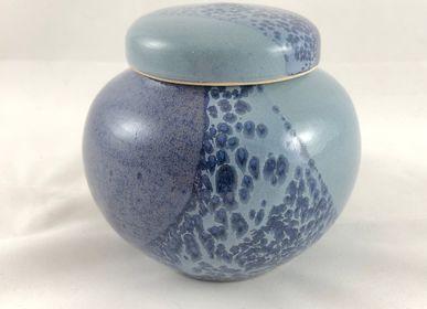 Food storage - Enamelled Stoneware Lid Box - LES POTERIES DE SWANE