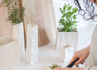 Objets de décoration - Sac en porcelaine - RAEDER DESIGN STORIES