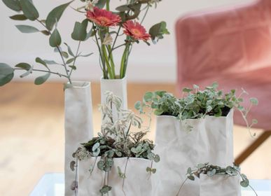 Objets de décoration - Sac en porcelaine. - RAEDER DESIGN STORIES