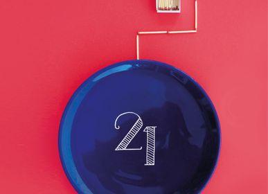 Objets de décoration - Assiettes peintes à la main MONTHLY PLATES - FAIENCERIE GEORGES