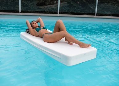 Deck chairs - JUSTINE | PoolBed - COZIP