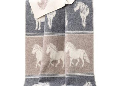 Plaids -  Couverture poneys - J.J. TEXTILE LTD