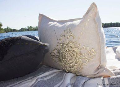 Cushions - INTIMACY - E-SHAPED
