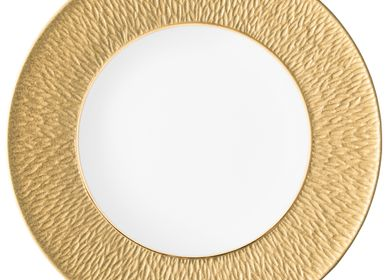 Formal plates - Minéral Irisé - Flat plate with engraved rim yellow gold 27 - RAYNAUD