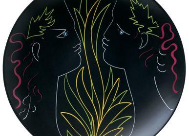 Objets de décoration - Cocteau - Assiette plate coupe Orphée et Eurydice noir 31 - RAYNAUD
