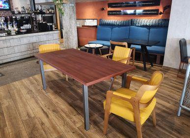 Tables Salle à Manger - Table avec plateau en acajou et bases en acier Π - LIVING MEDITERANEO