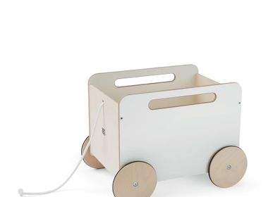 Toys - Toy chest on wheels - A little toy chest for all of the favourite dolls - OOH NOO