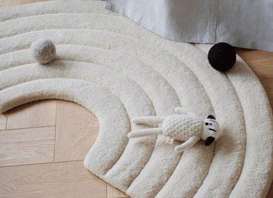 Contemporary carpets - Rainbow Rug Natural - MAISON DEUX