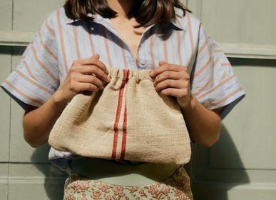 Clutches - Diane Linen Provence - TECLA BARCELONA