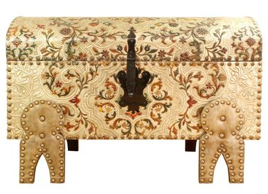 Caskets and boxes - Leather Trunk Arrayán - MERYAN