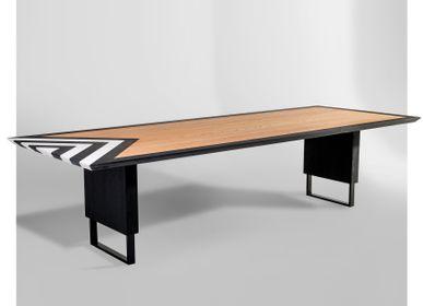 Design objects - Loa Dining Table - LARISSA BATISTA