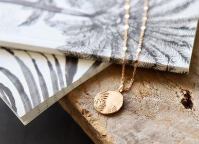 Bijoux - Collier médaille fleur tropicale  - YLUME