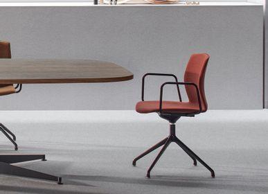 Chairs - Kabi Swivel chair - AKABA