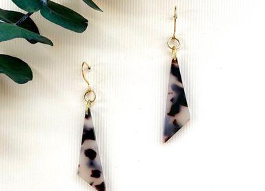 Jewelry - Boucles d'oreilles en laiton et acétate taupe. - NAO JEWELS