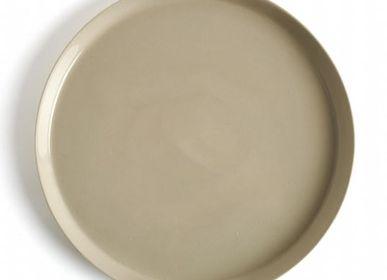 Everyday plates - Large Size Handmade Porcelain Round Plate - FIOVE ARTISANAL