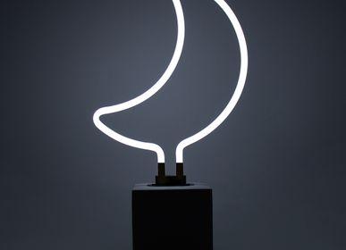 Decorative objects - NEON 'MOON' SIGN - LOCOMOCEAN